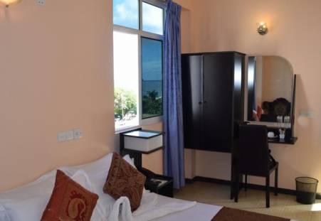 Фото отеля Surf View Hotel  3*