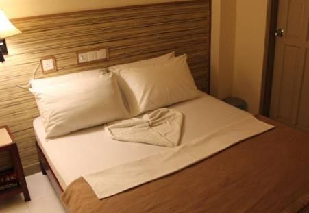 Фото отеля Luckyhiya Hotel  2*