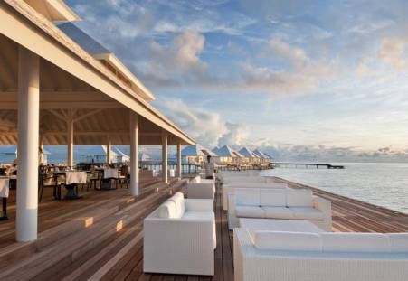 Фото отеля Diamonds Thudufushi Beach & Water Villas 4*