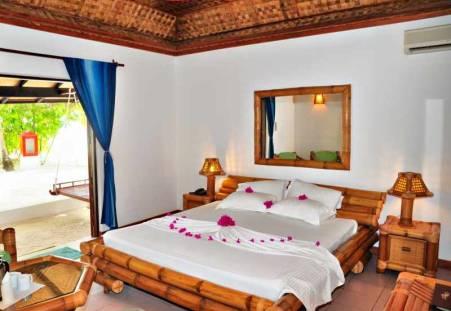 Фото отеля Angaga Island Resort & Spa 4*